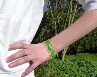 Maple leaves bracelet
