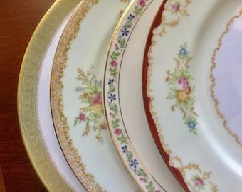 4 Mismatched Vintage China Dinner Plates Weddings, Bridal Shower, Tea parties D1004