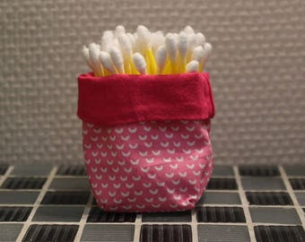 Q-tips - reversible - candy pink, light pink and white basket