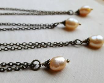 Pearl Bridesmaid Necklaces, Simple Pearl Necklace, Pearl Bridesmaid Jewelry, Pearl Necklaces for Bridesmaids, Bridal Party, Pearl Necklace