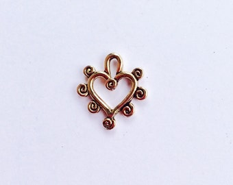 Curlicue heart  pewter charm in gold  finish.   Package of 12. Made in USA.  Lead safe.
