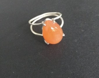 Carnelian ring- sterling silver ring- orange color ring- daily ring- statment ring- bridal ring- gift for her - healing ring- promise ring