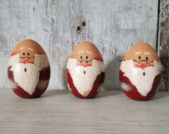 Santa Wood Egg, Bald Santa, Painted Santa, Primitive Christmas, Victorian Christmas, Christmas Decor, Wood Santa, Primitive Country Decor