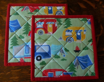 Retro Camp Trailer Pot Holders/ Handmade Quilted/Set of two/Light green background fabric, campers in blue, red and yellow
