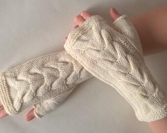 Knitted of 100 % WOOL. Handmade CREAM fingerless gloves, wrist warmers, fingerless mittens.