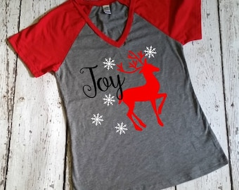 Merry Christmas Shirt - Womens Christmas Shirt - Raglan Tee - Baseball Tee - Christmas In July -  3/4 Length Raglan - Joy Shirt