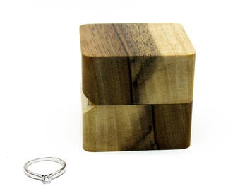 Wedding ring box Engagement ring box Wood ring box Unique wood ring case Rustic wooden ring holder Wooden ring box Storage ring box