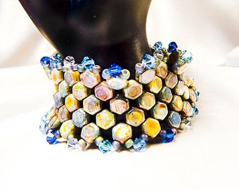1366 - Beaded bracelet, beaded jewelry, honeycomb beads, Czech glass beads, bicone crystals, picasso finish blue, blue beads, magnetic clasp