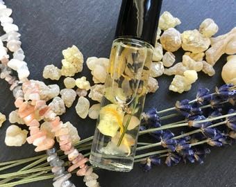New Moon Aromatherapy Perfume Oil Roll-on