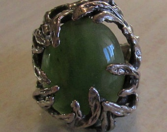 Sterling Silver Ring with Green Stone Size 6 1/2