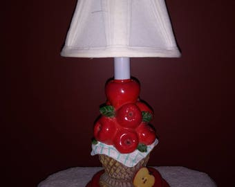 Apples in Basket Accent Lamp