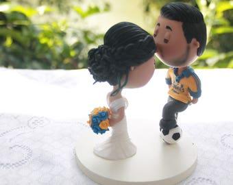 Cute couple kiss. Soccer fan. Wedding figurine. Bride and Groom. Handmade. Fully customizable. Unique keepsake