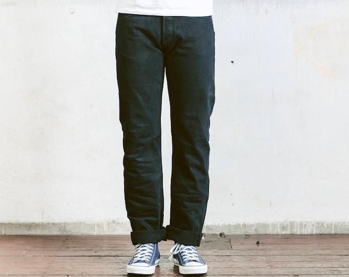 Vintage Levis 501 Jeans . 90s Black Jeans Mens Denim Pants Straight Leg Oldschool Pants 90s Jeans Minimalist Jeans . size W34 L30