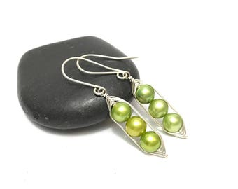Pea pod earrings //  Three peas in a pod with green fresh water pearls   Pea pod jewelry, triplet jewelry, gift for mom