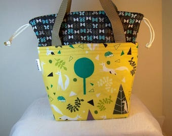 """Foxes Insulated Drawstring Lunch Cooler, Small 4"""" X 7"""" Lunch bag, Food tote, Fox in the trees lunch bag,"""