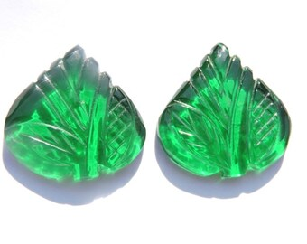 2 Pcs Matched Pair Very Nice Green Quartz Hand Carved Leaves Loose Gemstone Size - 21X21 MM