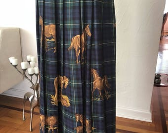 Peaceful Equestrian Pasture Scenes on Navy and Green Plaid Rayon Vintage SUSAN BRISTOL Ankle Length Pleated Skirt L