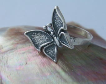 Handcrafted Wonderful Butterfly .925 Oxidized Sterling Silver Ring
