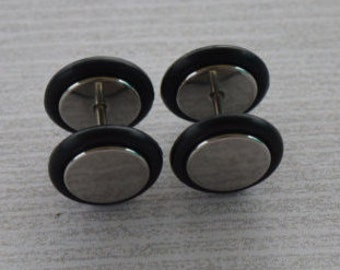 Silver and Black Fake Plugs, Earrings, Faux Gauges, Faux Plugs, Rubber Ends, Surgical Steel, Screw Backs