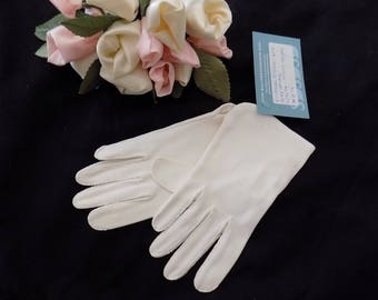 Vintage Mod Gloves - 1960s Size Small White