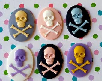 6 40x30mm Assorted Pastel Pirate Resin Cameos Set of 6 - Embellishment Decoden Halloween Skull Ghost Jolly Roger Crossbones Skull Skeleton