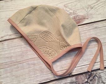 3T/4T Easter Bonnet, Vintage Quilt Bonnet, Baby Easter Bonnet, Reversible Bonnet, Baby Easter Hat, Floral Bonnet