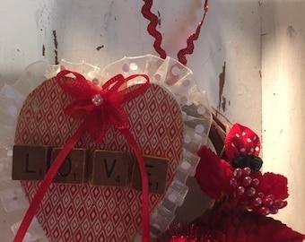Grapevine Valentine ornament