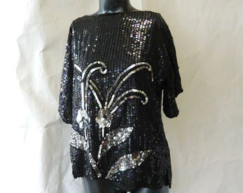 Vintage Sequin Top Metallic Silver Black / size 4 6 8 small Bust 36 inch / Short Sleeve Evening Blouse Shirt Shell / 80s DISCO GLAM