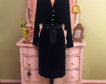 HALSTON Evening Dress Black Velvet Opera Dress Designer M-LM Minimalist Evening Dress Sophisticated Formal Dress