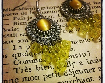 Silver Flower Earrings, cat's eye yellow seed beads and faceted