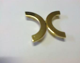 Clasp-half moon, brass, 3.5 cm