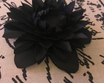 Paper flower Dahlia  4 inch