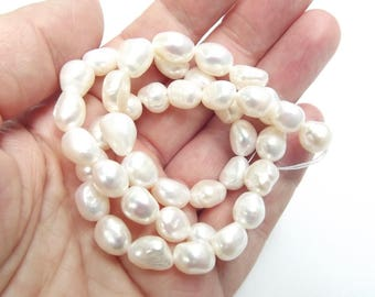 32 LAO-574 irregular 7-9 mm white fresh water pearls