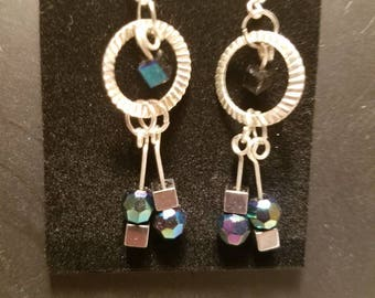Iridescent circles and squares earrings