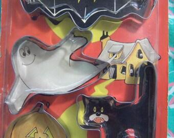 halloween vintage cookie cutters