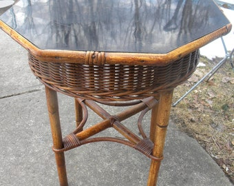 Nice Antique Small Sons CUNNINGHAM WICKER And RATTAN Or Bamboo Table Or  Stand B2