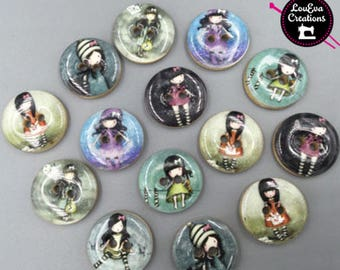 Wood button with unique design perfect for your sewing craft scrapbooking DIY projects fabric clothing accessories