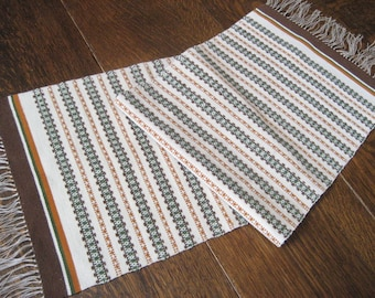 Wool Runner 16 x 48 Hand Loomed Knotted Fringe 1970's Mid Century Modern