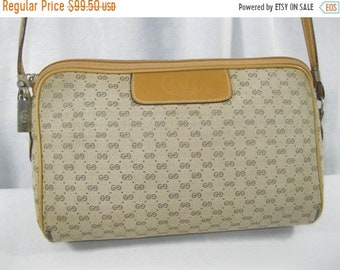 15% SUMMER SALE Vintage GUCCI tan signature logo canvas and leather shoulder bag crossbody 70s