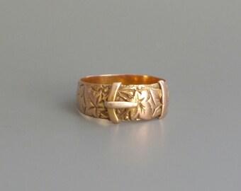 Antique Rose Gold Buckle Ring. 9kt. Size 7.25
