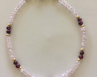 Morganite bracelet with garnet