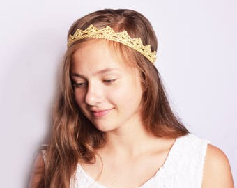 Bachelorette Crown Gold, Bachelorette Headband, Bridal Shower Crown, Rustic Bridesmaid Gift, Bachelorette Tiara, Bridal Shower Favors