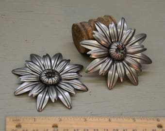 "3.5"" Steel flower with 3 layers"