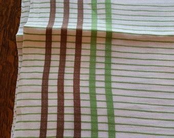 """Vintage Green and Brown Tablecloth 50 X 66"""""""