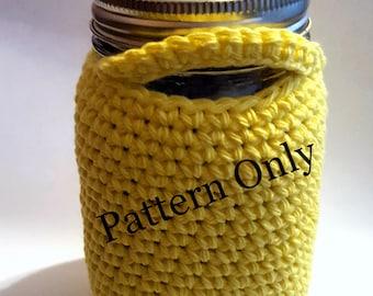 Pint size mason jar cozy crochet pattern - cozy crochet tutorial - mason jar cover pattern - make your own mason jar cover