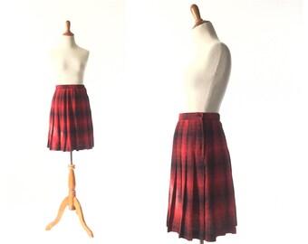 Plaid skirt, Red Skirt, Pleated Skirt, SchoolGirl Skirt, school girl, black skirt,  XS Skirt vintage Clothing Skirts / Women Bottoms Skirts