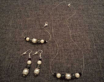 set full black and white: necklace, bracelet and earrings great Valentines gift