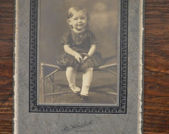 Antique black and white photographs, photos, Victorian picture, little girl, sepia, photograph of little girl