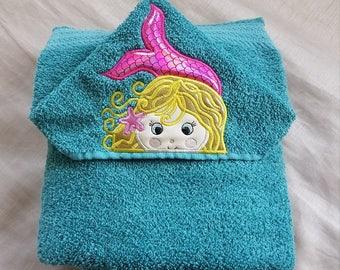 Kids Hooded Towel.Mermaid Kids Hooded Towel,Childs Hooded Towel,Personalized Kids Hooded Towel,Hooded Bath Towel,Kids Gift,Mermaid Towel
