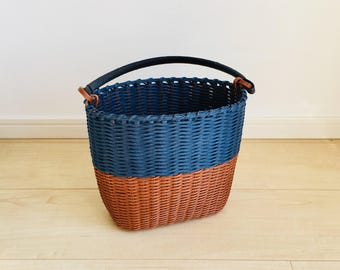 Paper band, braided hand bag